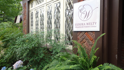 Eudora Welty House Leslie M Browning 2014